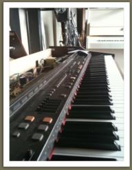 sav piano numerique atelier du piano 440 tel 06 09 11. Black Bedroom Furniture Sets. Home Design Ideas